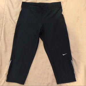 NIKE Dri-Fit Sports Legging